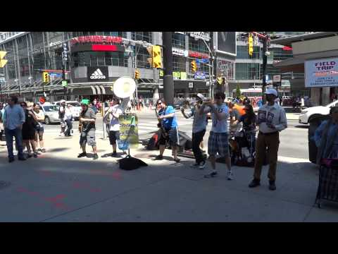 Sidewalk Crusaders doing Beat It by Michael Jackson - jazz