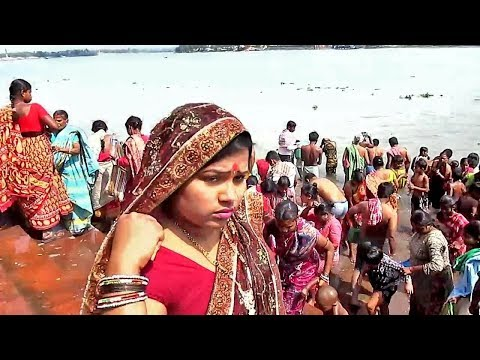 Mother Sister girl wife completing Ganga snan before shiv chaturthy