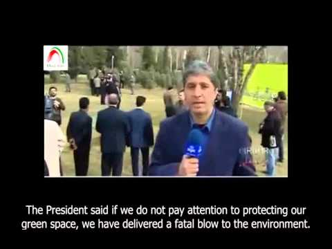Rouhani the farmer! Iran's President plants tree to commemorate the 'Planting' day. Eng sub.