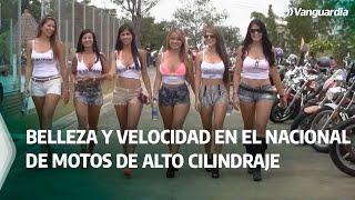 Chicas en motos de alto cilindraje