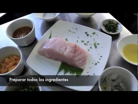 Filete de Pescado y camarones en salsa