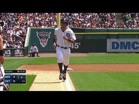MIN@DET: Kinsler crosses home on Cabrera's sac fly