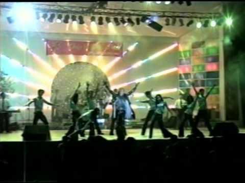 Hy Vong Band-(San Khau Trong Dong band-2002)- Xin Dung Xa Anh -Ca Si Nhat Hao