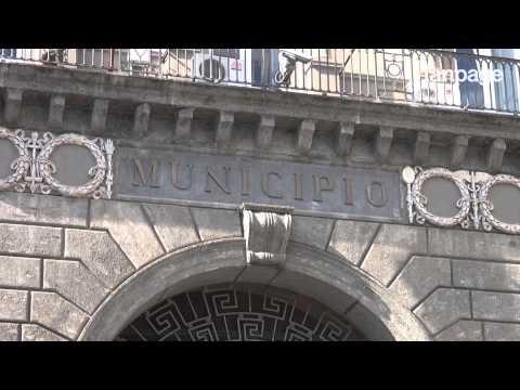 Napoli, mutande 'sospese'. Protestano i dipendenti Bagnolifutura