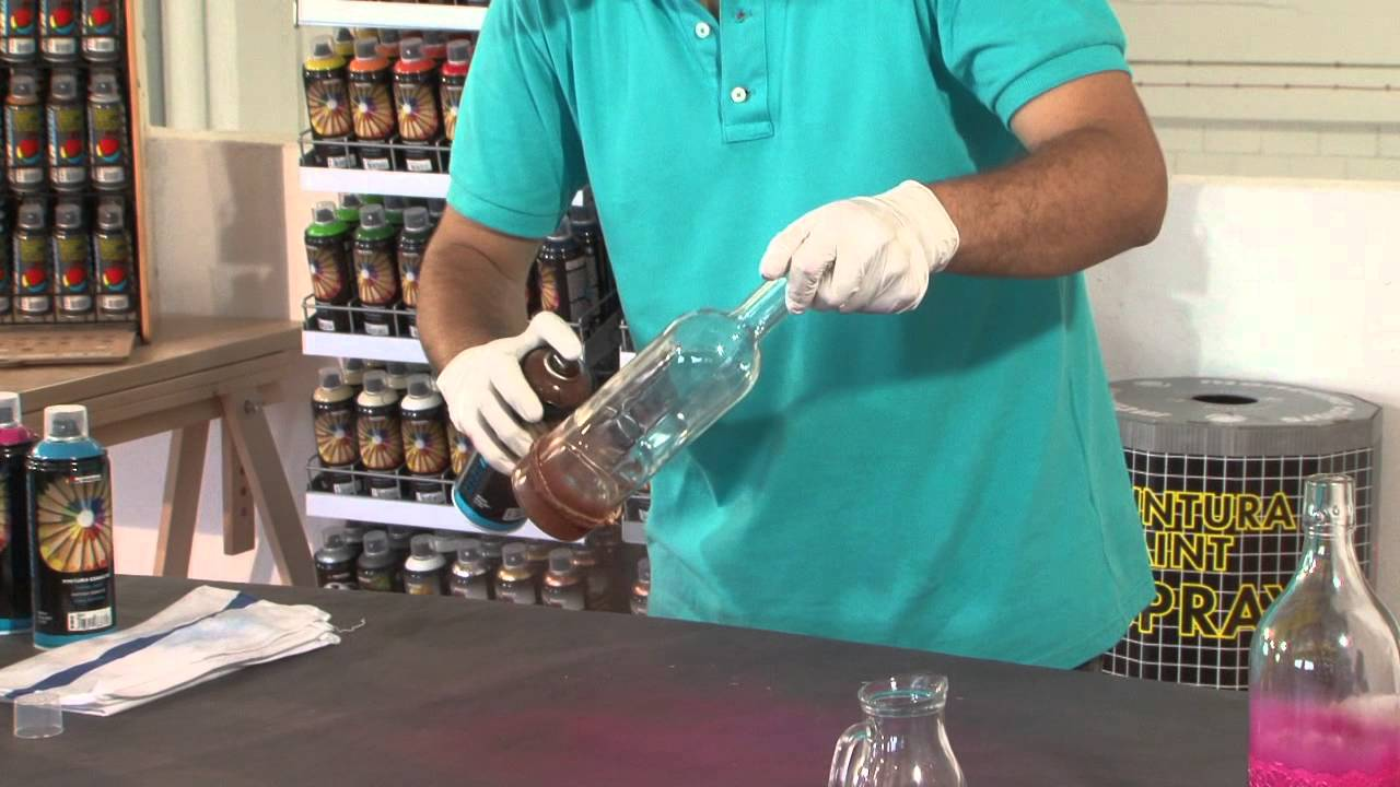 Tutorial c mo decorar una botella de cristal con spray - Como decorar botellas de vidrio ...