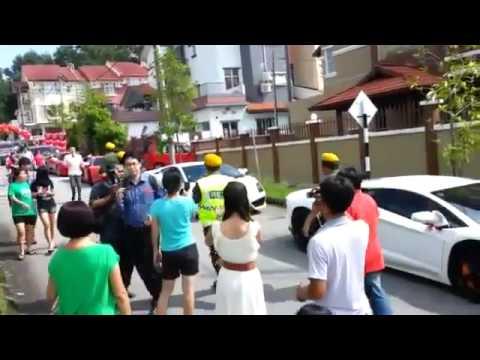 Đám cưới siêu khủng với hàng trăm siêu xe hộ tống ở việt nam - Nguồn : youtube.com