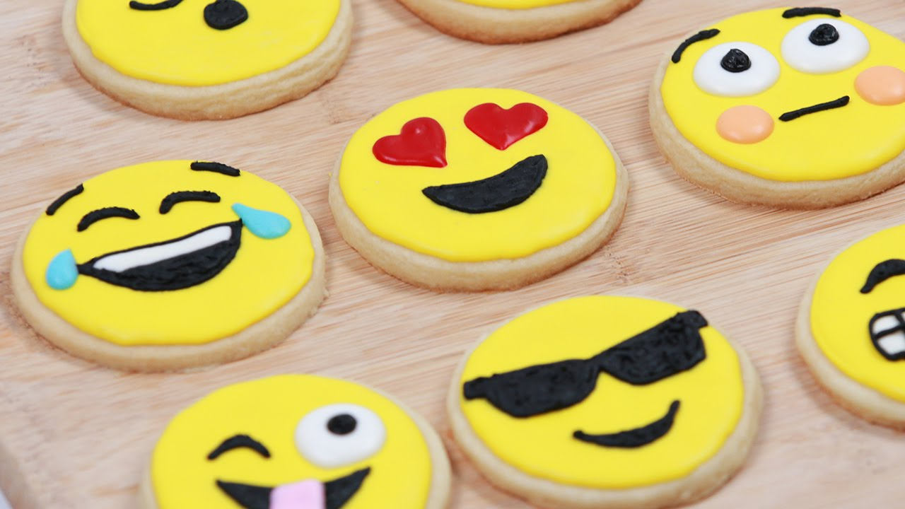 How to make emoji cookies nerdy nummies youtube