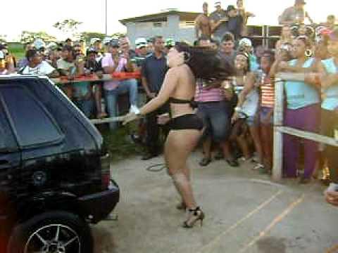 Garota Tantão Campeonato de som Lagoa Santa