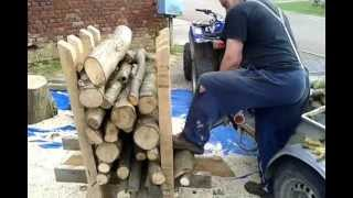 initial marquetry and chevalet video videos de chevalet. Black Bedroom Furniture Sets. Home Design Ideas