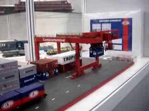 Nurnberg Toy Fair-Heljan Mobile Crane