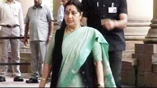 Sushma Swaraj takes on the BJP leadership, questions controversial leaders joining NDA