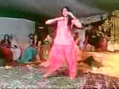 Pakistani girl on wedding dance youtube