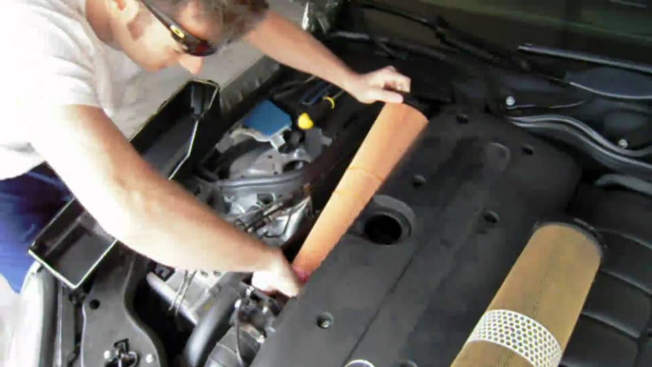 Air Filter Change Mercedes E320 Cdi Youtube