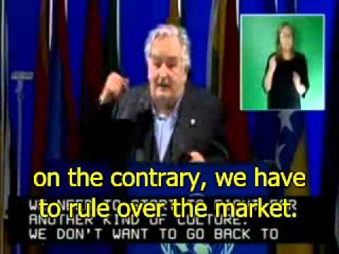 Uruguay's president Mujica in Rio+20 speech (proper subtitles in many languages clicking in