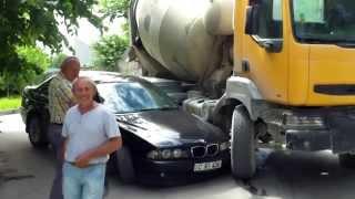 Accident cu betonieră pe un drum lăturalnic din Chișinău