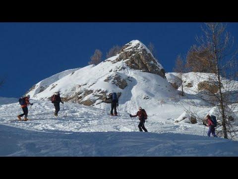 Ascensión y descenso con esquís de la Pointe Sud de la Vénasque y le Palestre