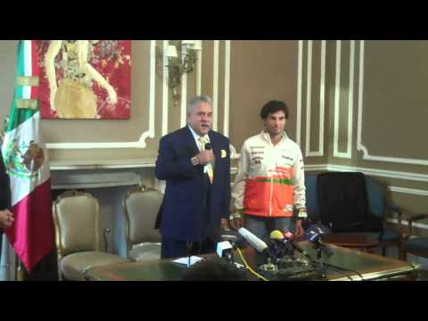 Piloto de F1 Checo Pérez firma con escudería Force India
