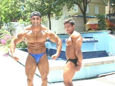 Ashfaq Posing Down With Shoaib by NorthAmericanBodies.com ...