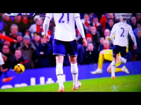 Man Utd vs Tottenham (1-2) Ashley Young fouled