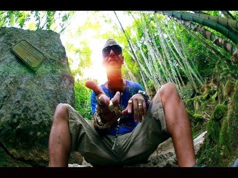 Mc Andrezinho Shock - Vida Blindada ( Video Clipe Oficial - HD ) PdrãO