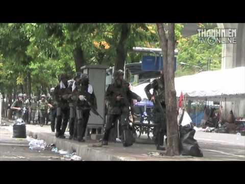 Quân đội trấn áp biểu tình ở Bangkok