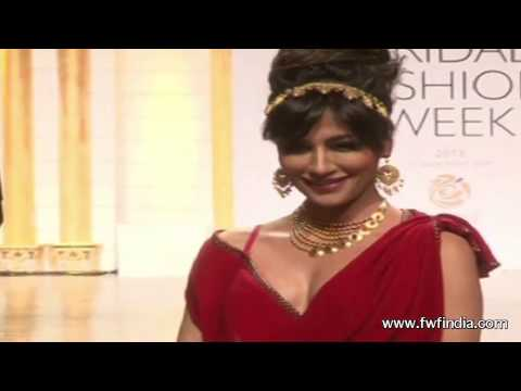 Hot Chitrangada Singh Walks Ramp @ Aamby Valley City India Bridal Fashion Week 2013 !