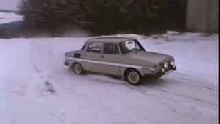 Projížďka na sněhu (Skoda 100 a Skoda Favorit)