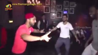 Viral Video : Virat Kohli & Chris Gayle Break into a Bhangra After Reaching IPL final