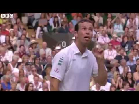 Wimbledon 2014  Novak Djokovic's 'amazing piece of sportsmanship'