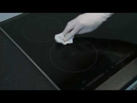 comment nettoyer la table de cuisson youtube. Black Bedroom Furniture Sets. Home Design Ideas