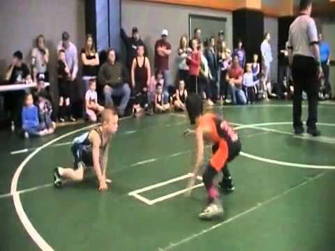 Thần đồng đấu vật 8 tuổi của Mỹ