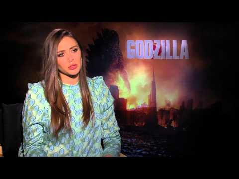 Godzilla - Elizabeth Olsen Exclusive International Online Interviews