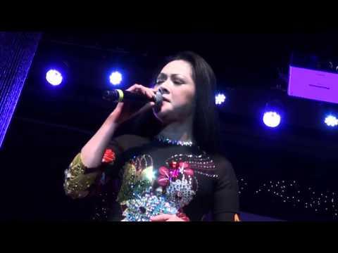 Như Quỳnh - Chuyện hoa sim (Live 2013)