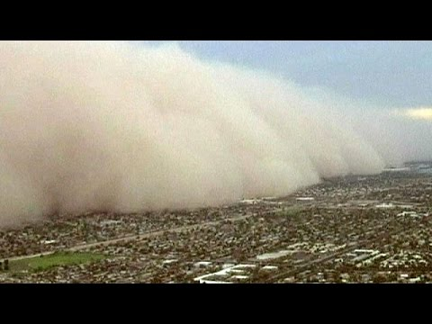 USA: Massive dust storm engulfs Phoenix, Arizona