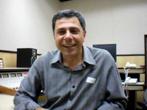 Locutor Antonio Viviani fala sobre