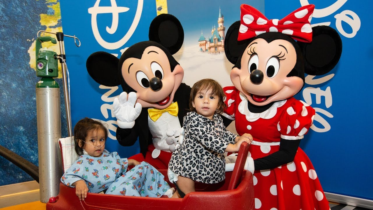 Mickey and Minnie Surprise Headliner at UCLA Mattel Children's Hospital