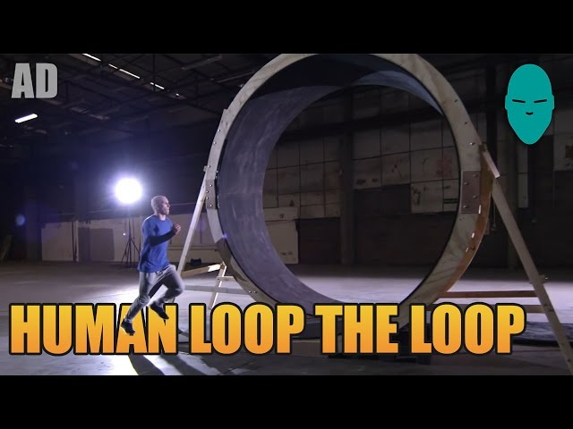 Damien Walters Runs a Loop the Loop