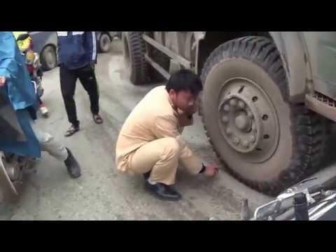 Tai nạn giao thông ở Hưng Yên 12 03 2014