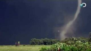 Tornado Near Miss   Storm Chasers