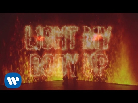 David Guetta ft. Nicki Minaj & Lil Wayne - Light My Body Up