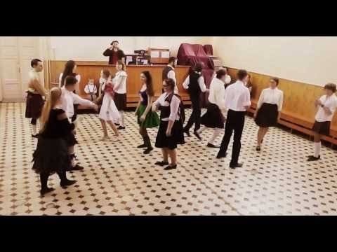 Scottish Country Dancing: Postie's Jig