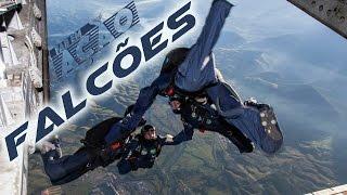 Evoluções a quatro mil metros de altura  a uma velocidade de 200 quilômetros por hora. Com essa destreza no ceú, a equipe de salto livre Falcões, formada por militares da Força Aérea Brasileira (FAB), vem conquistando campeonatos nacionais e internacionais e se tornou uma referência no paraquedismo militar.