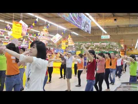 Flash mob - Vietnam oi - Big C Vietnam