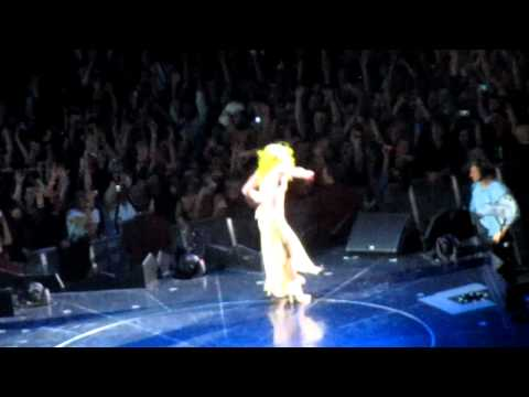 Lady Gaga - performing  Born this way  -Salt Lake City, Utah