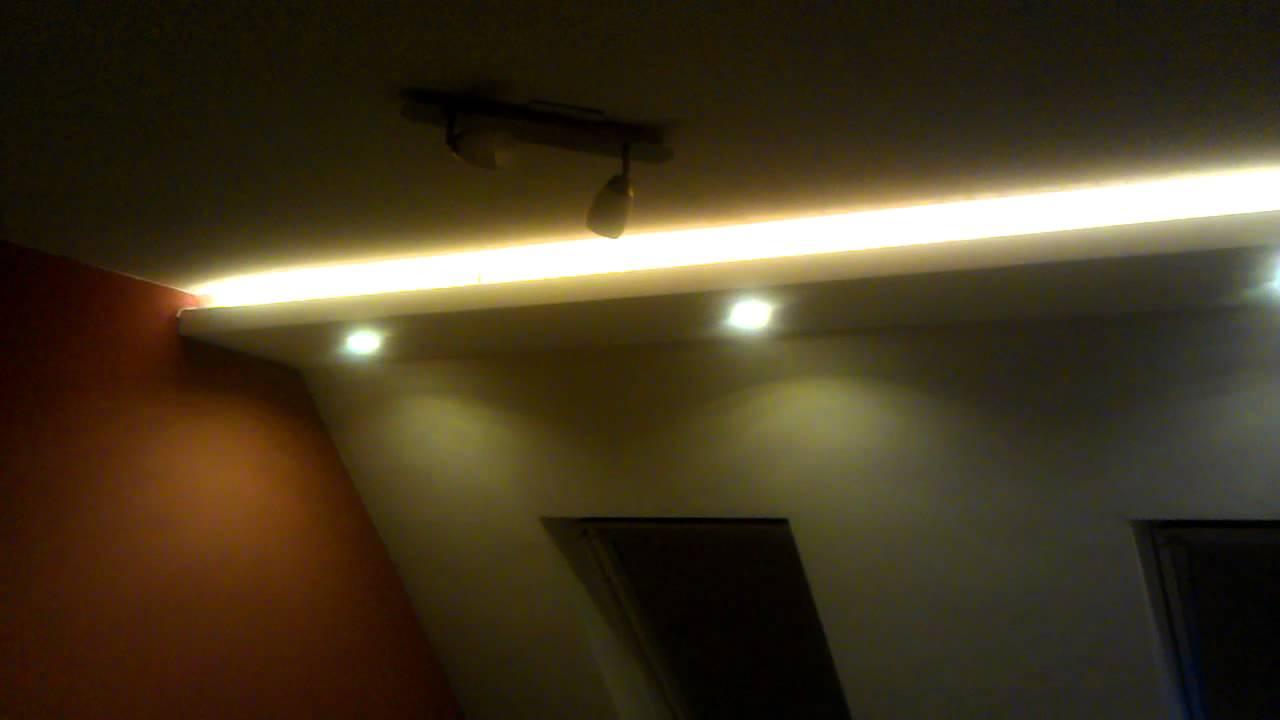 led koof verlichting rgb youtube. Black Bedroom Furniture Sets. Home Design Ideas