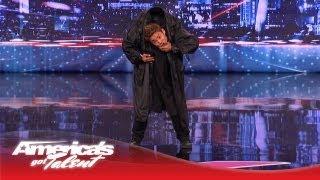 Unglaubliche Matrix Martial Arts Dance-Performance