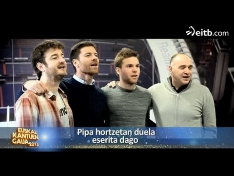 Xabi Alonso, Asier Illarramendi, Pablo Laso y Gorka Otxoa cantan 'Olentzero'