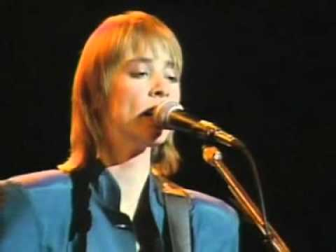 Suzanne Vega - Luka -cnzLWvtTrYE