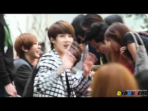Fancam 120509 Gwangju Fan Sign Event - Annyeong Sehun ^^