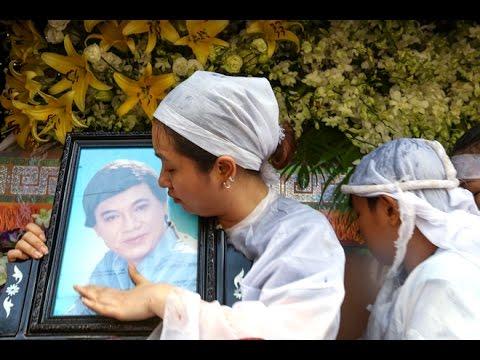 Trực tiếp Đám tang NSUT Thanh Sang,NSND Bạch Tuyết đến viếng ,Sài Gòn tối 21.4.2017(3)